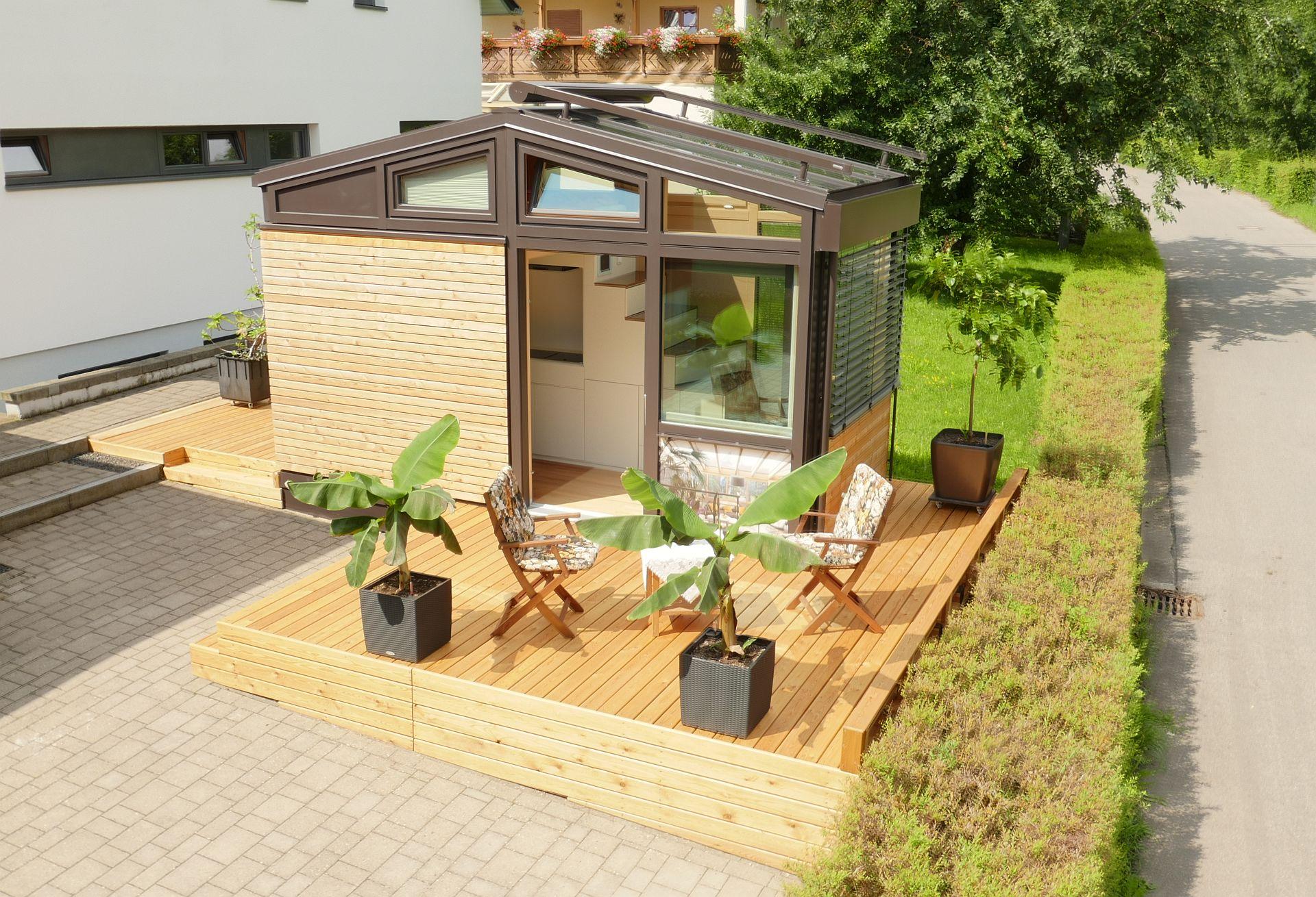 Tiny House Meets Wintergarten